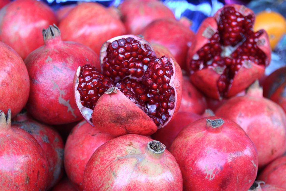 Top 6 Health Benefits Of Pomegranate